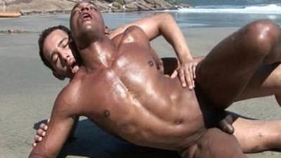 bareback  bodybuilder  gay sex