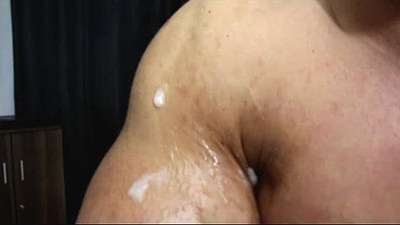 bodybuilder   cocks   cumshots