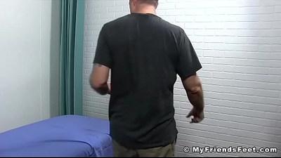bodybuilder  fetishe  foot fetish