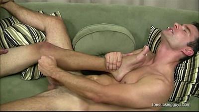 amateur gays  blowjob  cock sucking